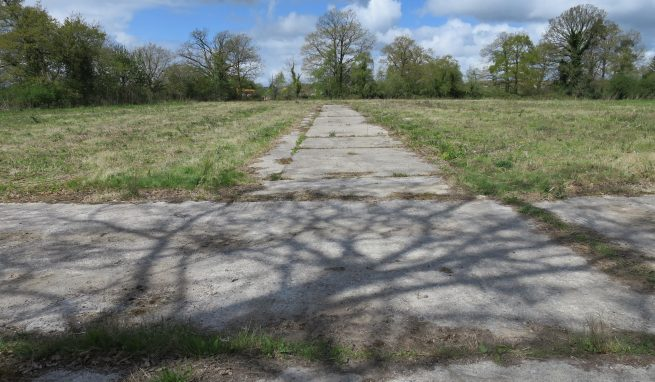 Well located level Yard area with excellent access to the A38 and A380 Dual carriageways