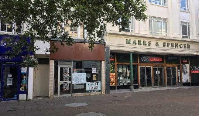 Town Centre Retail Premises in prime location next to Marks and Spencers Outlet Store in Newton Abbot