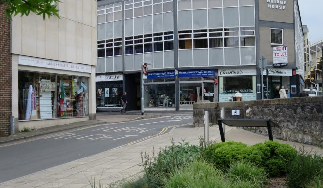 2 Town Centre First Floor Offices available individually or could be combined in a Prominent Town Centre location