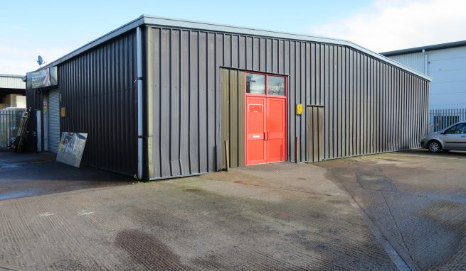 Light Industrial / Trade Counter Unit with parking on the Popular Marsh Barton Trading Estate