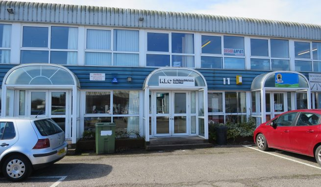 Office / Studio / Showroom Premises in a convenient location on the edge of the City with allocated Car Parking