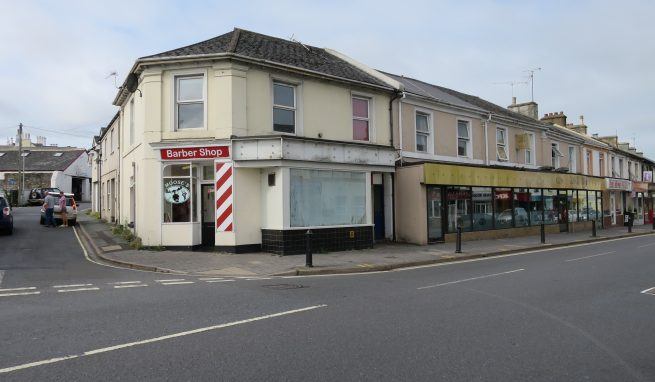Economical Retail / Office premises in a prominent Town Centre location in Newton Abbot