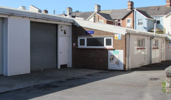 Prominent Industrial / Warehouse unit on the Premier Business Park in Newton Abbot